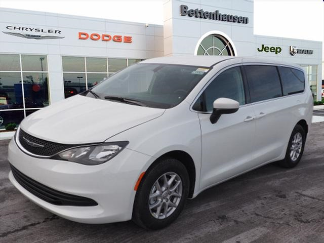 New 2019 CHRYSLER Pacifica LX